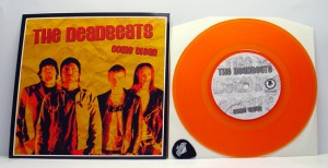 "The Deadbeats - Come Clean (7"" transparent orange vinyl, booze009, limited version, 100 copies with The Deadbeats guitar pick, 100 without. totally 200 copies)"